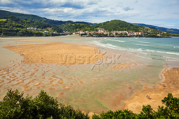 Laida Beach. In the background Mundaka. Urdaibai biosphere Reserve. Urdaibai. Region. Bizkaia. Basque Country. Spain.