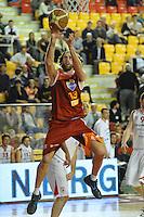 Canestro di Luigi Datome (Roma).Roma, 16/04/2012 PalaTiziano.Basket Campionato di Pallacanestro serie A1.Acea Roma vs Banca Tercas Teramo.Foto Insidefoto Antonietta Baldassarre