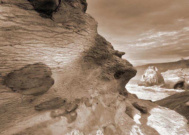 Rock formations and ocean at cape Kiwanda, Oregon