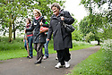 09/06/2010   Copyright  Pic : James Stewart.021_big_fit_walk  .::  HELIX PROJECT ::  KIDS FROM THE HELIX GREEN TEAM ARE JOINED BY MSPS, AND VOLUNTEERS ON THEIR BIG FIT WALK AROUND HOLYROOD   ::.
