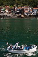 Europe/Espagne/Pays Basque/Guipuscoa/Pays Basque/Pasaia Donibane: Le port de pêche et le quaitier des pêcheurs à Pasaia Donibane