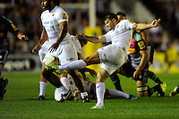 Richard Wigglesworth of Saracens clears his line during the Premiership Rugby Round 2 match between Harlequins and Saracens at The Twickenham Stoop on Friday 12th September 2014 (Photo by Rob Munro)