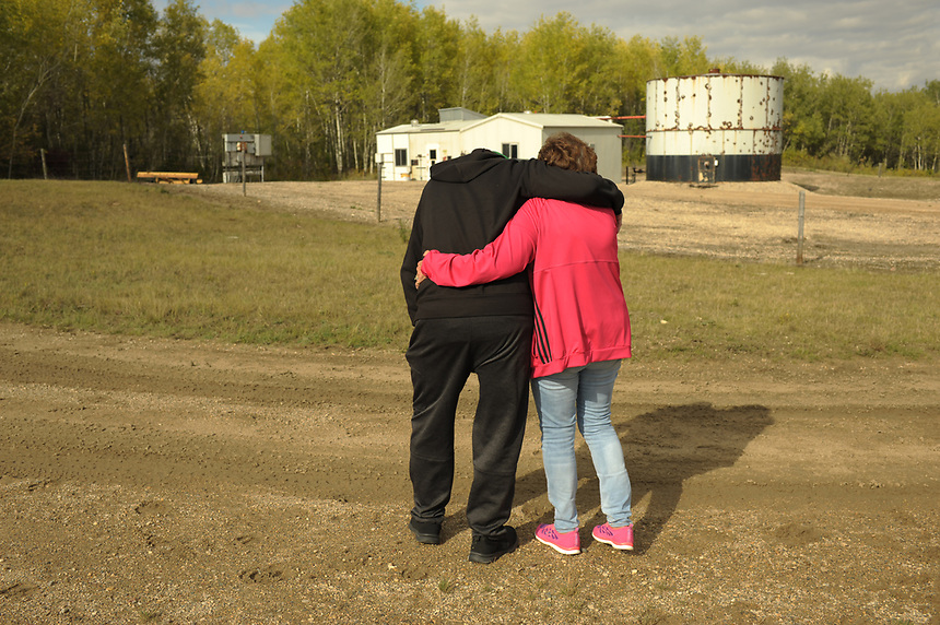 Allan Bunz breaks down while he and wife Dianne Bunz visit, for the first time, the battery where their son, Michael, was killed by H2S gas on May 22, 2014. MARK TAYLOR FOR THE TORONTO STAR