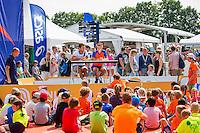 Den Bosch, Netherlands, 08 June, 2016, Tennis, Ricoh Open, KNLTB, Kidsday, Kids press conference with Jean-Julian Rojer and Demi Scheurs (NED)<br /> Photo: Henk Koster/tennisimages.com