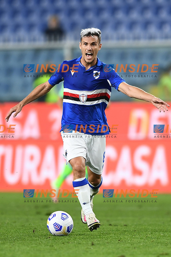 Valerio Verre of UC Sampdoria in action during the Serie A football match between UC Sampdoria and SS Lazio at stadio Marassi in Genova (Italy), October 17th, 2020. <br /> Photo Image Sport / Insidefoto
