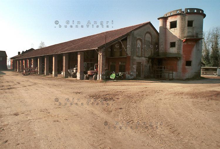cascina Pirola, a Zelata di Bereguardo (PV), Agricoltura Biodinamica, che nasce dalla filosofia antroposofica di Rudolf Steiner
