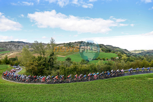 The peloton led by Deceuninck-Quick Step during Stage 12 of the 103rd edition of the Giro d'Italia 2020 running 204km from Cesenatico to Cesenatico, Italy. 15th October 2020.  <br /> Picture: LaPresse/Fabio Ferrari | Cyclefile<br /> <br /> All photos usage must carry mandatory copyright credit (© Cyclefile | LaPresse/Fabio Ferrari)