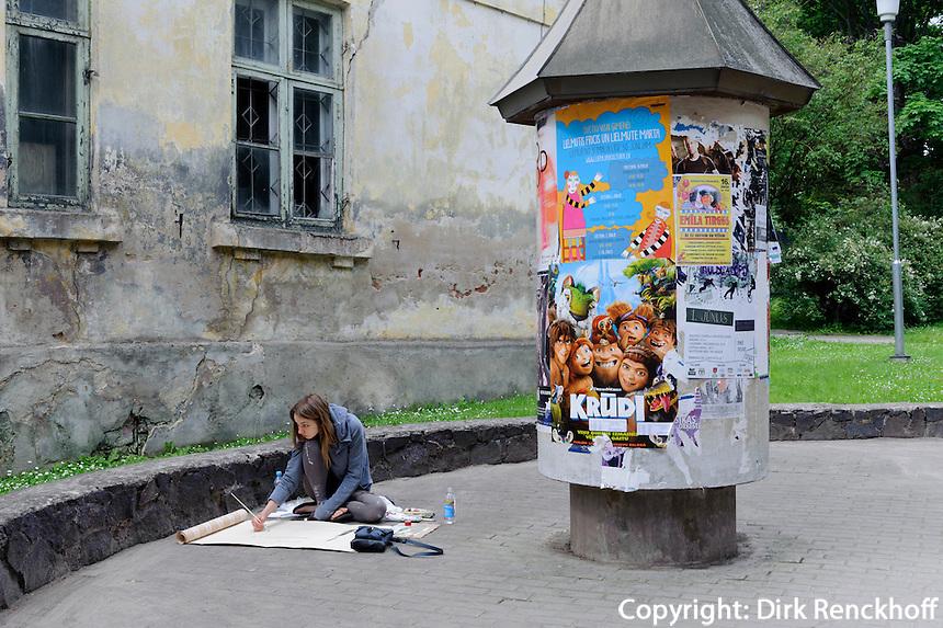 Malerin  in Kuldiga, Lettland, Europa