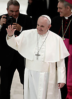 Papa Francesco saluta al termine di un'udienza speciale per i partecipanti del XXIX Corso sul Foro Interno in aula Paolo VI in Vaticano, 9 marzo 2018.<br /> Pope Francis greets at the end of a special audience to the participants of the XXIX Course on the internal Forum in Paul VI Hall at the Vatican, on march 9, 2018.<br /> UPDATE IMAGES PRESS/Isabella Bonotto<br /> <br /> STRICTLY ONLY FOR EDITORIAL USE