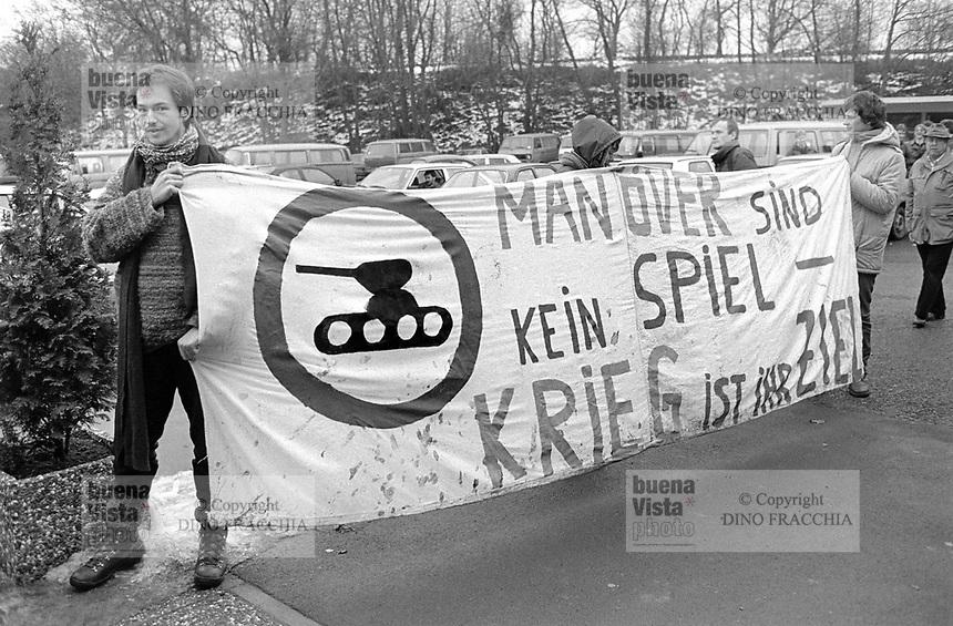 - NATO exercises in Germany, pacifist demonstration (January 1985)<br /> <br /> - esercitazioni NATO in Germania, manifestazione pacifista (Gennaio 1985)