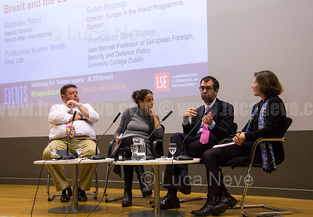 """London, 17/11/2016. Today, LSE presented a public conversation - part of the Dep. of International Relations, European Foreign Policy Unit & ANTERO - called """"Brexit & The EU Global Strategy"""" hosted by Nathalie Tocci (Deputy Director of the Istituto Affari Internazionali in Rome, IAI is an Italian non-profit organization founded in 1965 by A. Spinelli, who took USA & British think tanks as a model: he created a flexible private organization, distinct from university institutes & governmental or ministerial research centers, yet capable of inter-acting & cooperating with governments, public administrations, national economic actors and foreign academic centers; Tocci is Editor of The International Spectator & Special Adviser to EU HRVP Federica Mogherini; she is honorary prof. at the University of Tübingen; former Director, member of the Compensation Committee & of the Committee of Independent Directors at Edison SPA). Discussants at the event were Sven Biscop (Director of the Europe in the World Programme at Egmont; Prof. at the College of Europe in Bruges & at LUISS in Rome; he is member of the Executive Academic Board of the EU's Security and Defence College, ESDC) & Ben Tonra (Jean Monnet Professor of European Foreign, Security and Defence Policy at University College Dublin). Chair of the event was Karen Smith (Prof. of International Relations & Director of the European Foreign Policy Unit at LSE). From the event page: <<Undoubtedly Brexit has dealt a major blow, both to the UK's role in the world & that of the EU. As one if not the Member State with the most global outlook, the damage done both in terms of material capacities & reputation cannot be underestimated. At the same time some argue that the UK's exit from the EU would facilitate integration in the security & defence field. What are the prospects for the implementation of the EU Global Strategy following the UK referendum?>>.<br /> <br /> Here there is the link to podcast of the event: http://bit.ly/2fO"""