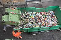 Como, recupero rifiuti organici, vetro, plastica