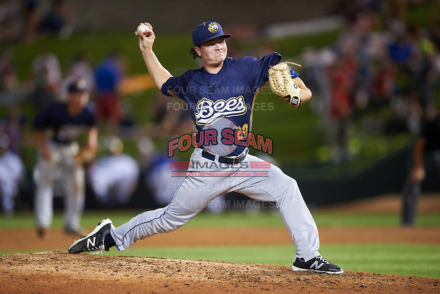 Burlington Bees relief pitcher Mike Kaelin (29) during a game against the South Bend Cubs on July 22, 2016 at Four Winds Field in South Bend, Indiana.  South Bend defeated Burlington 4-3.  (Mike Janes/Four Seam Images)