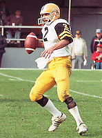 Tom Clements HamiltonTiger Cats quarterback 1983. Copyright photograph Scott Grant