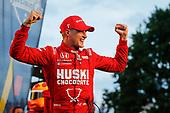 #8: Marcus Ericsson, Chip Ganassi Racing Honda celebrates winning