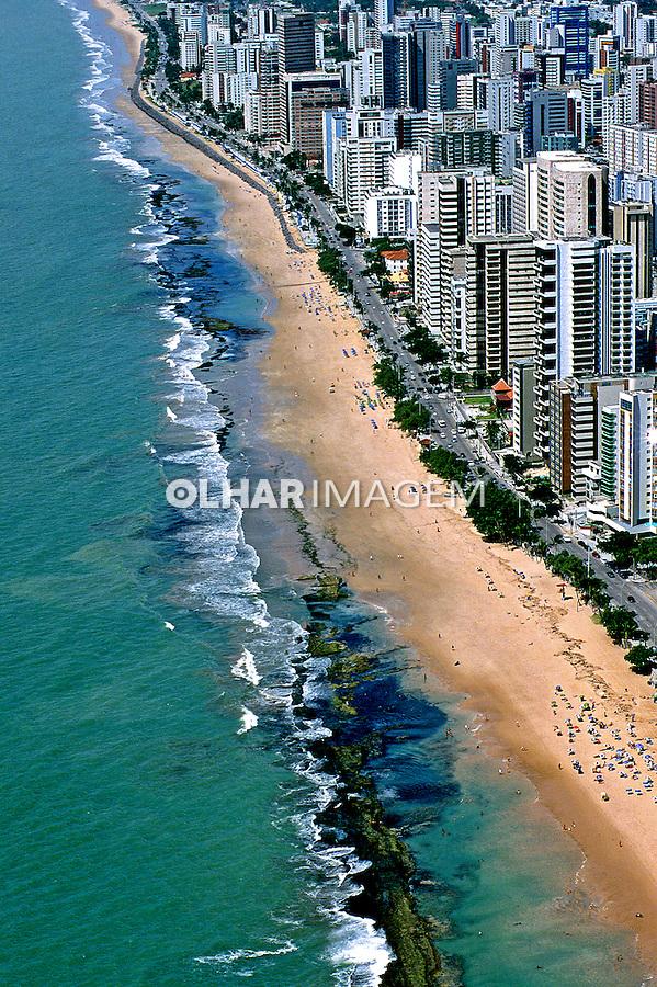 Vista aérea da Praia de Boa Viagem em Recife. Pernambuco. 2002. Foto de Renata Mello.