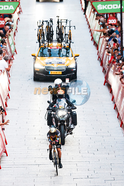 Defending Champion Primoz Roglic (SLO) Jumbo-Visma in action during Stage 1 of La Vuelta d'Espana 2021, a 7.1km individual time trial around Burgos, Spain. 14th August 2021.    <br /> Picture: Luis Angel Gomez/Photogomezsport   Cyclefile<br /> <br /> All photos usage must carry mandatory copyright credit (© Cyclefile   Luis Angel Gomez/Photogomezsport)