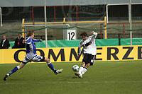 Mario Erb (Bayern Muenchen)<br /> Deutschland vs. Finnland, U19-Junioren<br /> *** Local Caption *** Foto ist honorarpflichtig! zzgl. gesetzl. MwSt. Auf Anfrage in hoeherer Qualitaet/Aufloesung. Belegexemplar an: Marc Schueler, Am Ziegelfalltor 4, 64625 Bensheim, Tel. +49 (0) 151 11 65 49 88, www.gameday-mediaservices.de. Email: marc.schueler@gameday-mediaservices.de, Bankverbindung: Volksbank Bergstrasse, Kto.: 151297, BLZ: 50960101