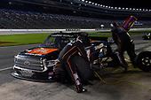#4: Todd Gilliland, Kyle Busch Motorsports, Toyota Tundra JBL/SiriusXM, makes a pit stop.