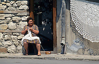 Bulgarien, Nesebar, Klöppeln von Spitzen