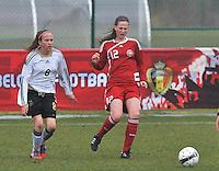 Denmark U17 - Germany U17 : duel met  Nicoline Sorensen (rechts) en Saskia Meier.foto Joke Vuylsteke / Vrouwenteam.be