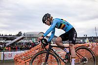 Laura Verdonschot (BEL) chasing<br /> <br /> Women's Elite Race<br /> UCI 2020 Cyclocross World Championships<br /> Dübendorf / Switzerland<br /> <br /> ©kramon