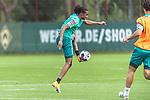 15.09.2020, Trainingsgelaende am wohninvest WESERSTADION - Platz 12, Bremen, GER, 1.FBL, Werder Bremen Training<br /> <br /> Tahith Chong (Werder Bremen #22)<br /> Querformat  ,Ball am Fuss, <br /> <br /> <br /> <br /> <br /> Foto © nordphoto / Kokenge