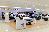 PHILIPPINES, Manila, SM Mega Mall at EDSA express highway, VW Volkswagen Das Auto promotion counter with VW Tiguan / PHILIPPINEN, Manila, SM Mega Mall an der EDSA Autobahn, Volkswagen Marketing Stand