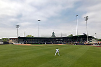 General view of a Clinton LumberKings a game against the Lansing Lugnuts on May 9, 2017 at Ashford University Field in Clinton, Iowa.  Lansing defeated Clinton 11-6.  (Mike Janes/Four Seam Images)