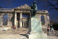 "AJ2570, Philadelphia, Pennsylvania, Fairmount Park, Statue of the """"Thinker"""" in front of the Rodin Museum in the """"City of Brotherly Love"""" Philadelphia in the state of Pennsylvania."