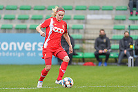 Sylke Calleeuw (9) of Standard pictured during a female soccer game between Eendracht Aalst and Standard Femina de Liege on the 11 th matchday of the 2020 - 2021 season of Belgian Scooore Womens Super League , Saturday 23 of January 2021  in Aalst , Belgium . PHOTO SPORTPIX.BE | SPP | STIJN AUDOOREN