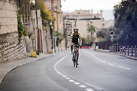 Jack Bauer (NZL/Mitchelton-Scott) lost in the back<br /> <br /> Stage 8: Nice to Nice (110km)<br /> 77th Paris - Nice 2019 (2.UWT)<br /> <br /> ©kramon