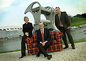 05/08/2004   Copyright Pic: James Stewart.File Name : jspa07_yerbury.THE CANDIDATES FOR THE SNP LEADERSHIP, ROSESANA CUNNINGHAM, MIKE RUSSELL AND ALEX SALMOND, GET TOGETHER FOR A PHOTOCALL ON THE TARTAN SOFA AT THE FALKIRK WHEEL TO HELP LAUNCH PHOTOGRAPHER TREVOR YERBURY'S SCOTLAND'S PEOPLE EXHIBITION....Payments to :.James Stewart Photo Agency 19 Carronlea Drive, Falkirk. FK2 8DN      Vat Reg No. 607 6932 25.Office     : +44 (0)1324 570906     .Mobile  : +44 (0)7721 416997.Fax         :  +44 (0)1324 570906.E-mail  :  jim@jspa.co.uk.If you require further information then contact Jim Stewart on any of the numbers above.........