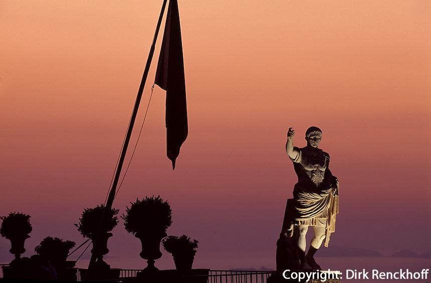 Hotel Caesar Augustus in Anacapri, Statue Augustus, Capri, Italien......