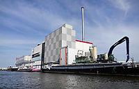 Nederland -Zaanstad- 2020.  Olam Cocoa fabriek aan rivier de Zaan.    Foto ANP / Hollandse Hoogte / Berlinda van Dam
