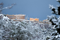 Pictured: The Acropolis is covered in snow in Athens, Greece. Tuesday 10 January 2017<br /> Re: Heavy snow fall and minus zero temperatures have affected most parts of eastern Europe and Greece.