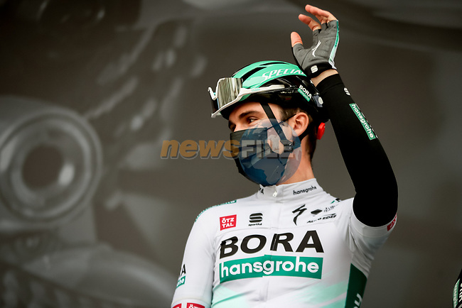 Maximilian Schachmann (GER) Bora-Hansgrohe at sign on before Stage 5 of Paris-Nice 2021, running 200km from Vienne to Bollene, France. 11th March 2021.<br /> Picture: ASO/Fabien Boukla | Cyclefile<br /> <br /> All photos usage must carry mandatory copyright credit (© Cyclefile | ASO/Fabien Boukla)