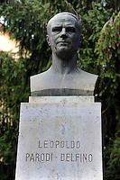 Colleferro.Busto commemorativo di Leopoldo Parodi Delfino.