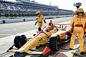 Ryan Hunter-Reay, Andretti Autosport Honda returns to the track after a lengthy repair following a multi-car accident on lap 4