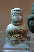 Neolithisches Idol (4.Jt.v.Chr.)  im Museum Museo Giovanni Antonio Sanna in Sassari,  Provinz Sassari, Nord - Sardinien, Italien