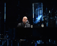 SUNRISE, FL - JANUARY 07: Billy Joel performs at BB&T Center on January 7, 2014 in Sunrise, Florida.  <br /> <br /> People:  Billy Joel