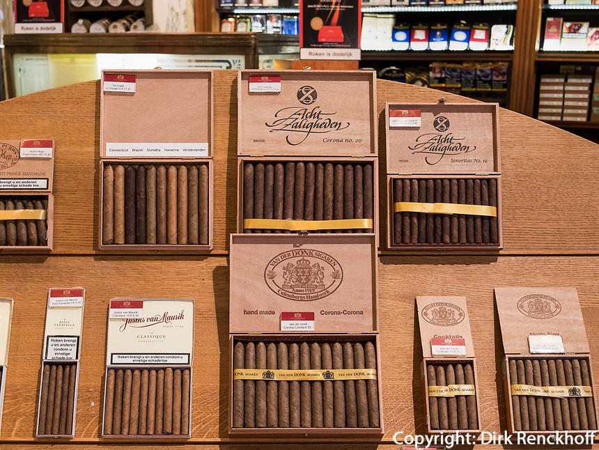 Tabakladen Hajenius, Rokin 92, Amsterdam, Provinz Nordholland, Niederlande<br /> tobacco shop Hajenius, Rokin 92, Amsterdam, Province North Holland, Netherlands