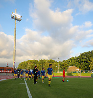 Brugge players pictured entering the pitch for warm up before a female soccer game between FC Femina White Star Woluwe and Club Brugge YLA on the second matchday in the 2021 - 2022 season of Belgian Scooore Womens Super League , Friday 27 th of August 2021  in Woluwe , Belgium . PHOTO SPORTPIX | SEVIL OKTEM