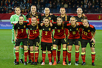 20171020 - LEUVEN , BELGIUM : Belgian team poses for the teampicture with Justien Odeurs , Tine De Caigny , Laura De Neve , Julie Biesmans , Nicky Van Den Abbeele , Elke Van Gorp , Davinia Vanmechelen , Davina Philtjens , Tessa Wullaert , Janice Cayman and Laura Deloose (r) during the female soccer game between the Belgian Red Flames and Romania , the second game in the qualificaton for the World Championship qualification round in group 6 for France 2019, Friday 20 th October 2017 at OHL Stadion Den Dreef in Leuven , Belgium. PHOTO SPORTPIX.BE | DAVID CATRY