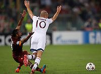 Calcio, Champions League, Gruppo E: Roma vs Bayern Monaco. Roma, stadio Olimpico, 21 ottobre 2014.<br /> Bayern's Arjen Robben is challenged by Roma's Ashley Cole, left, during the Group E Champions League football match between AS Roma and Bayern at Rome's Olympic stadium, 21 October 2014.<br /> UPDATE IMAGES PRESS/Isabella Bonotto