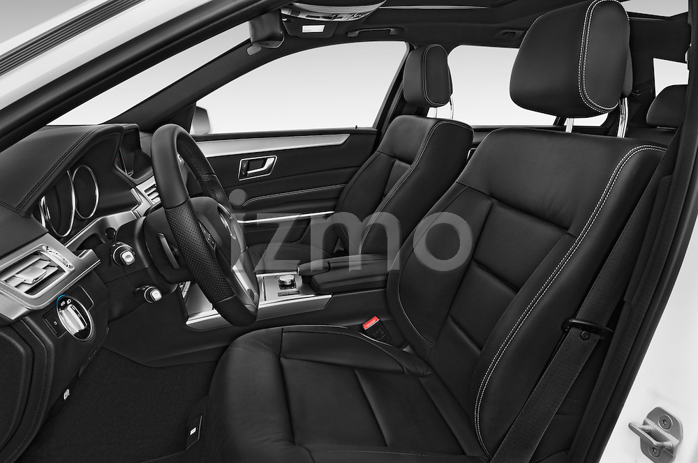 Front seat view of a 2015 Mercedes Benz Classe E E250 4Matic 5 Door Wagon 4WD Front Seat car photos