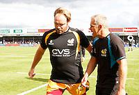 Photo: Richard Lane/Richard Lane Photography. Exeter Chiefs v London Wasps. Aviva Premiership. 14/09/2013. Wasps' Andy Goode with coach, Brad Davis.