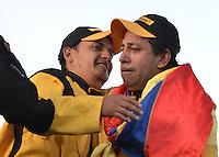 TOCANCIPÁ -COLOMBIA. 14-07-2013. 26° Jose A  Pantoja (I) campeón del Gran Premio Nacional De Tractomulas 2013 realizado hoy en el autodromo de Tocancipá, Colombia. Lo acompaña Juan P Gómez (D)subcampeón./ Jose A Pantoja (L) winner of the 26th  National Tractomulas Grand Prix at Tocancipa racetrack today in Tocancipa, Colombia. At the right Juan P Gomez (R) sub champion Photo: VizzorImage / Str