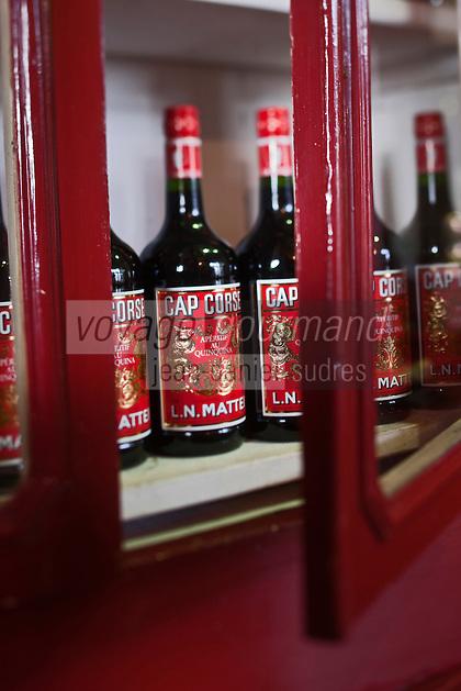Europe/France/Corse/2B/Haute-Corse/Cap Corse/Bastia: Maison Mattéi 15 boulevard du Général de Gaulle - Détail du magasin [Non destiné à un usage publicitaire - Not intended for an advertising use]
