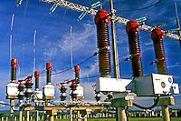 Linha de transmissão elétrica, Itaipú, Paraná. 2000. Foto de Ricardo Azoury.